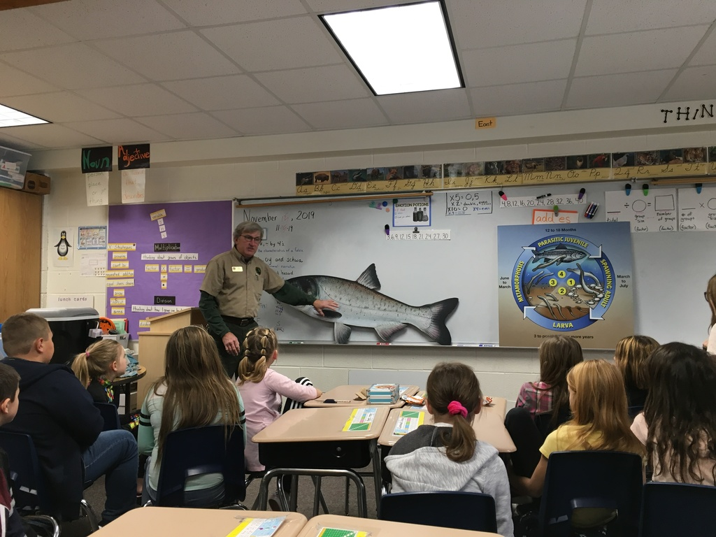 3rd grade students learning about MI invasive species